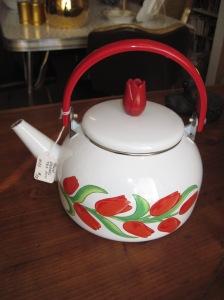 Enamelware Tulip Teapot