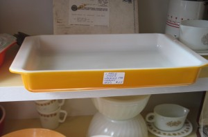 orange pyrex lasagna pan