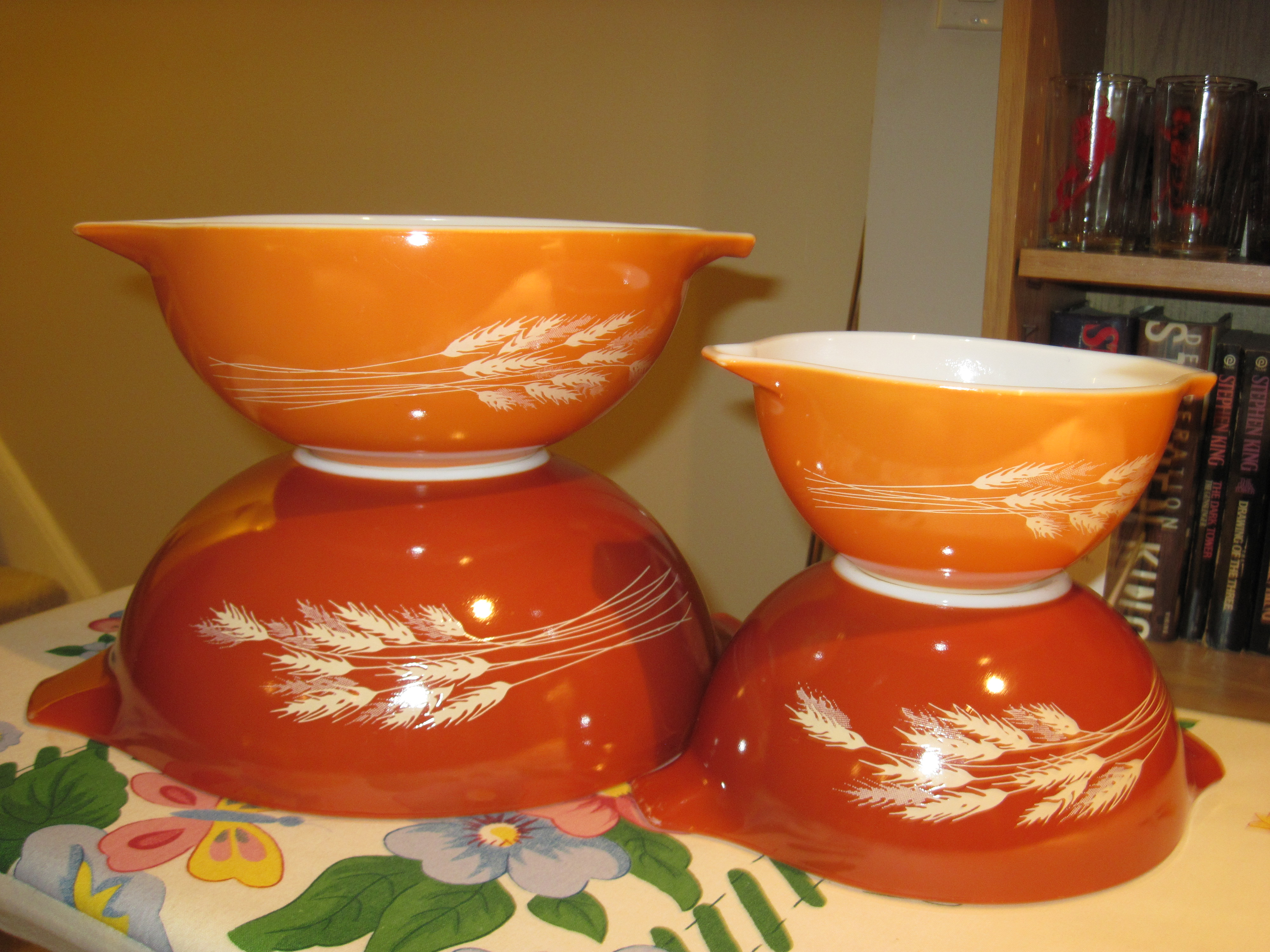 Pyrex Autumn Harvest Cinderella Mixing Bowls | fabfindsblog