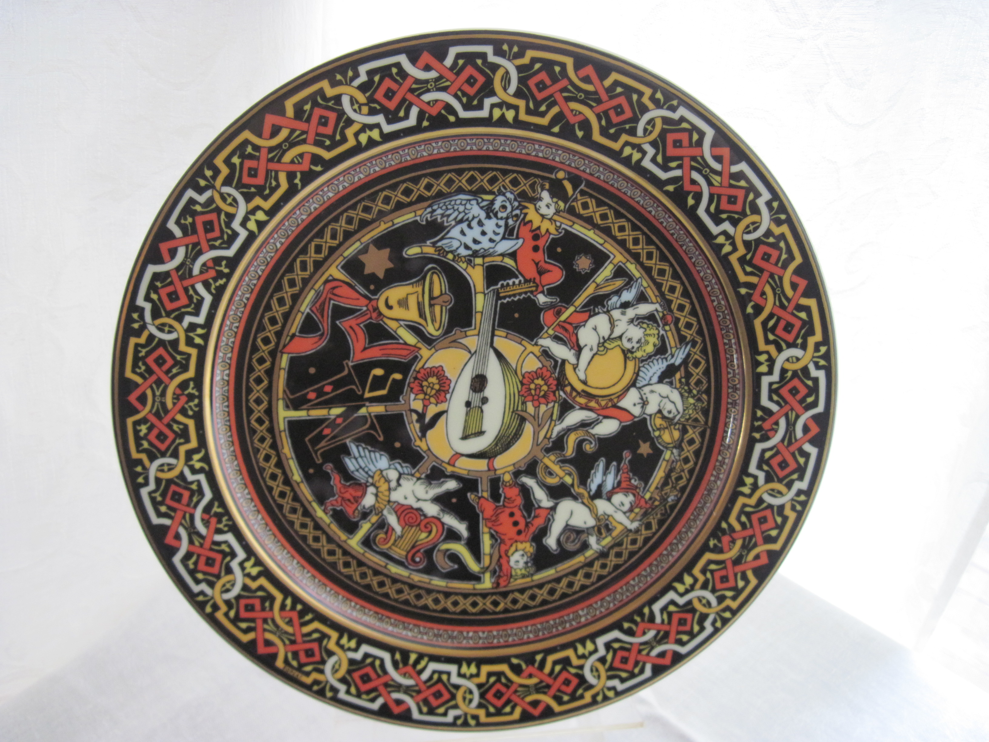 Backst& says Bopla! Magic Switzerland. Dinner plate $30.00 in excellent condition. & Bopla Original \u0026 Magic Plates Switzerland | fabfindsblog