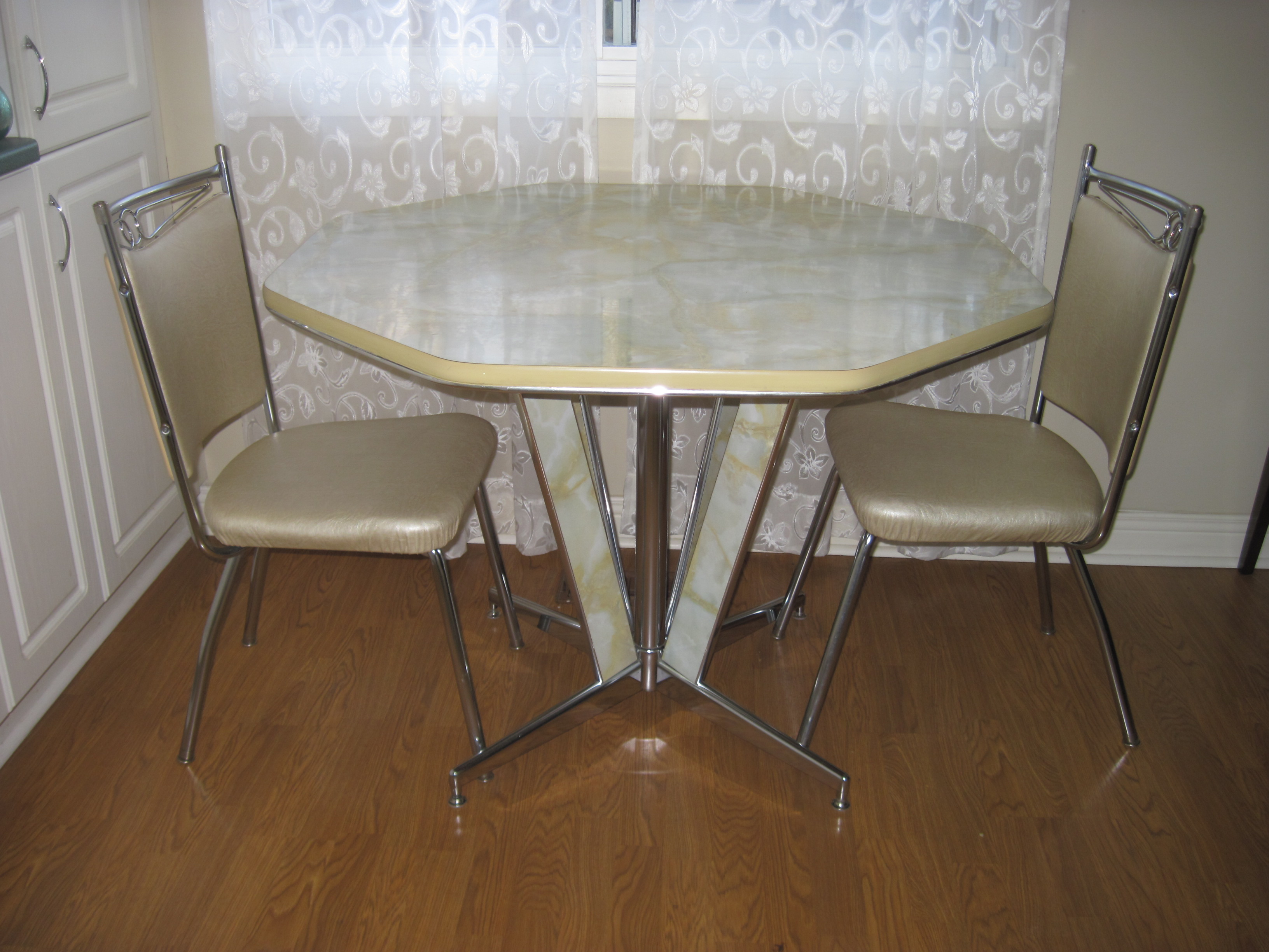 mid century formica chrome table green marblelized top