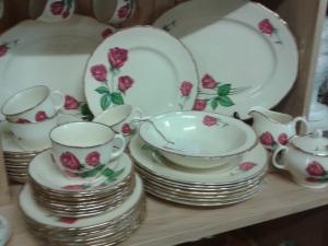 Dishes Anniversary Rose