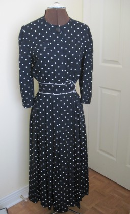 polka dot dress 2