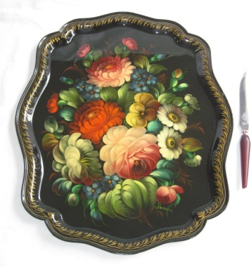 russian tray with knife